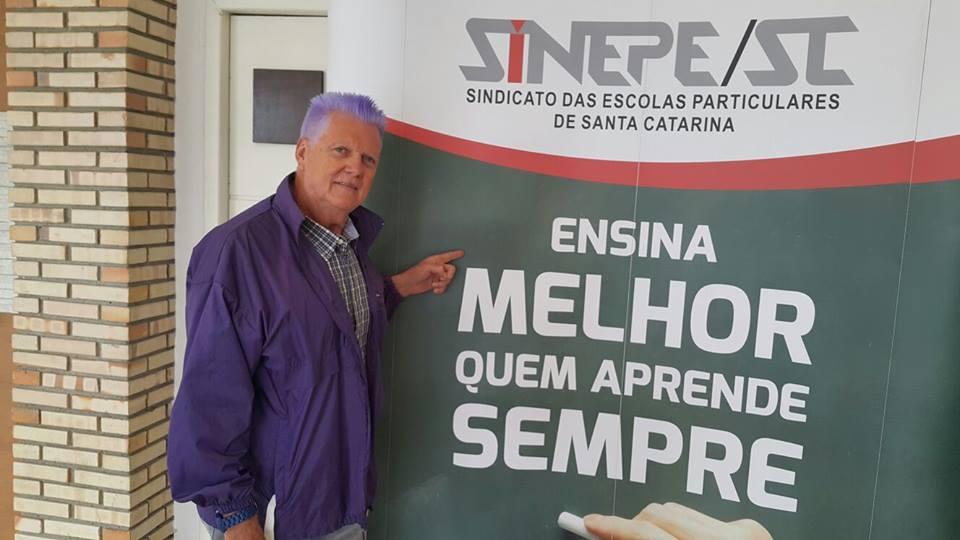 Palestra Em Florianópolis Sc Sinep Prof Gretz